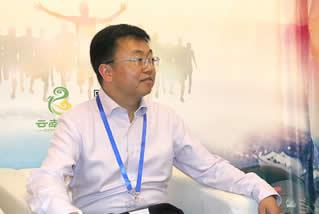 云南中医记者采访楚雄州中医医院院长许嘉鹏